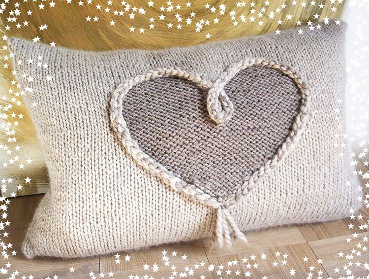 © die-maschen-zum-glueck.de | Kuscheliges Herzkissen aus Baby Lamm Alpaka Puno