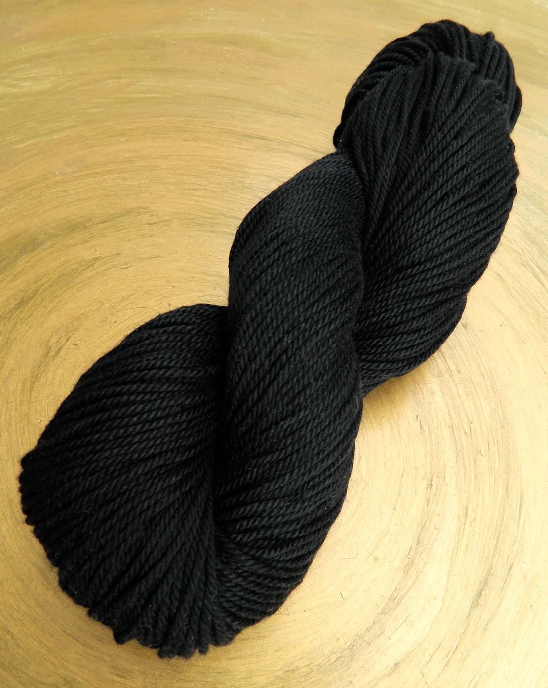 Baumwollgarn Schwarz zum Stricken und Häkeln