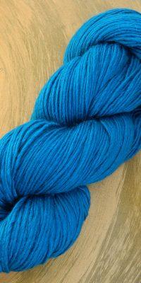 © Die Maschen zum Glück |Wolle-Seidengarn Meerblau