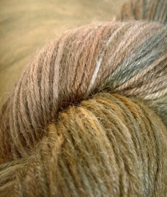 © Die Maschen zum Glück | Admiral Bambus Puck die Stubenfliege von Schoppel Wolle