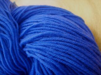 © Die Maschen zum Glück | Unisono Blau von Atelier Zitron