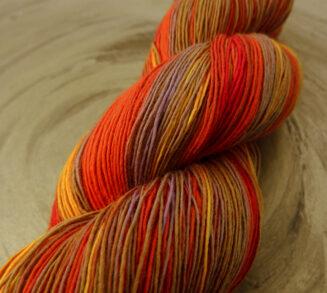 © Die Maschen zum Glück | Filigran Lace Herbstsonne | 100% Merino extrafein | Atelier Zitron