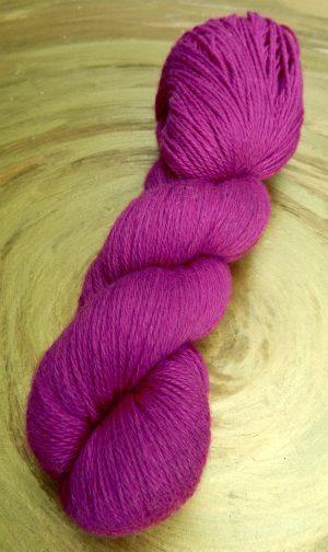 © Die Maschen zum Glück | Yalana Pink Yakwolle mit Lammwolle von Seehawer & Siebert