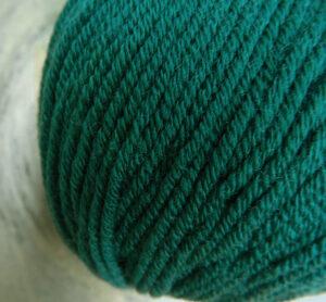 © Die Maschen zum Glück | Ursprung Tanne | Tasmanische Merinowolle extrafein | Atelier Zitron
