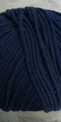 © Die Maschen zum Glück | Ursprung Nachtblau | Tasmanische Merinowolle extrafein | Atelier Zitron