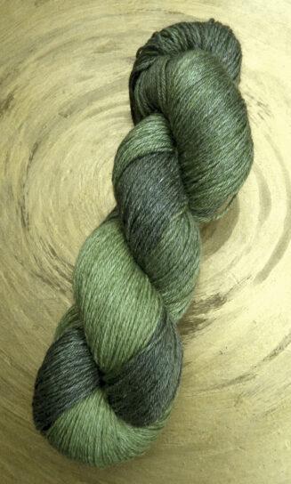 © Die Maschen zum Glück | Turin Sockenwolle multicolor handgefärbt | Farne