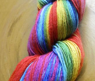 © Die Maschen zum Glück   Filigran Lace Rainbow   100% Merino extrafein   Atelier Zitron