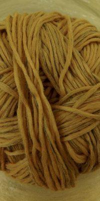 © Die Maschen zum Glück | BIO Merinos Bernstein von Schoppel Wolle | kontrolliert biologische Merino Wolle aus Patagonien mit französischem Leinen