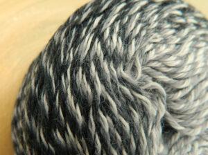 © Die Maschen zum Glück | Zauberwolle Bobbel Schatten von Schoppel Wolle