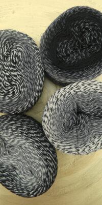 © Die Maschen zum Glück | Zauberwolle Bobbel Schatten von Schoppel Wolle | Neu in Bobbel Optik