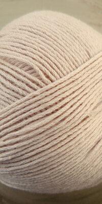 Atelier Zitron | Echt Bio BaumwolleLachs Pastell | Bio Baumwolle ohne Gentechnik für Allergiker geeignet | © Die Maschen zum Glück