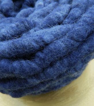 Elbwolle Max Wasserblau regionale Schurwolle mit Baumwollkern
