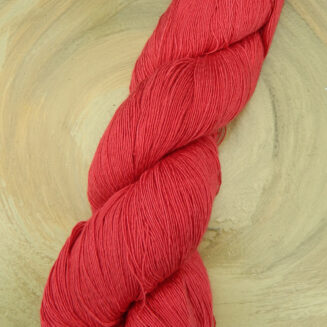 Atelier Zitron Traumseide Kirschrot | Lacegarn, 100% Maulbeerhaspelseide | © Die Maschen zum Glück