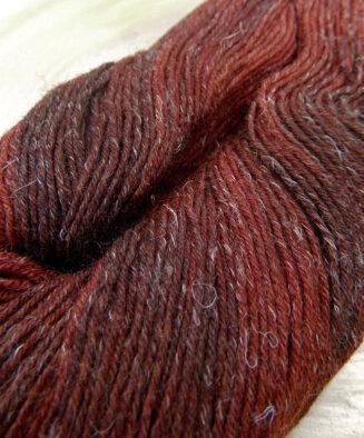 Triologie Sockenwolle handgefaerbt Atelier Zitron | Schurwolle mit Seide und Leinen