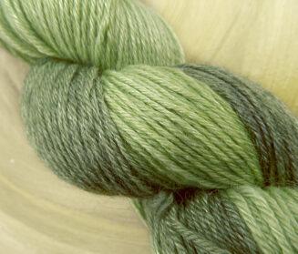 Sockengarn ausSchurwolle-Seide-Ramie, 100 % Naturfasern, Farbe Farne hell