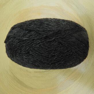einrum E+2 Hrafntinna | Island Wolle mit Seide aus Thailand | © Die Maschen zum Glück