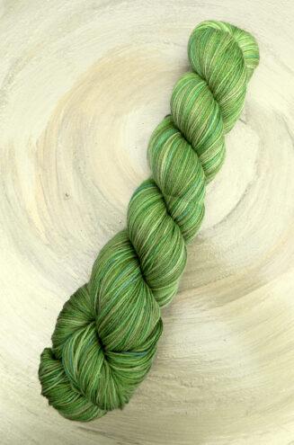 6 Karat Froschkönig | Schoppel Wolle | Schurwolle Merino extrafein mit Seide | © Die Maschen zum Glück