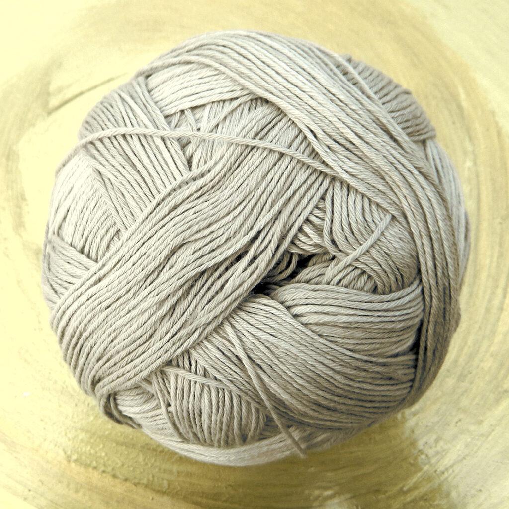 Cotton Ball Sand am Meer | Schoppel Wolle | feines baumwollgarn aus Griechenland | Shadow Colorits | © Die Maschen zum Glück