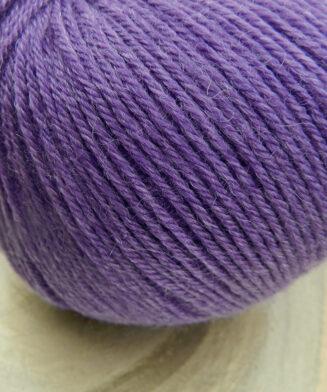 Balance Violett | Atelier Zitron | Merino extrafein mit Tencel | biologisch abbaubar | © Die Maschen zum Glück