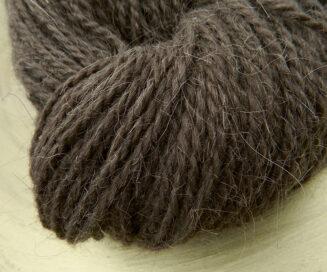 Ziegenhaargarn Mocca Braun   Seehawer Naturfasern   für Teppiche, Makrame, Wohnaccessoires   © Die Maschen zum Glück