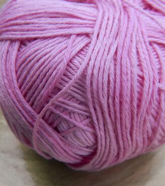 Cotton Ball Himbeersorbet | Schoppel Wolle | feines Baumwollgarn aus Griechenland | Shadow Colorits | © Die Maschen zum Glück