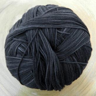 Cotton Ball Schwarzarbeiter | Schoppel Wolle | © Die Maschen zum Glück